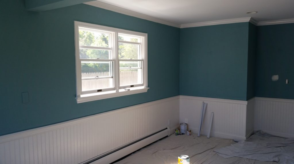 Chameleon painting inc proffesional painting services for Best rated interior paint 2017